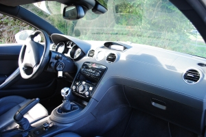 Full leather dashboard, 2012 Peugeot RCZ