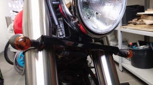 Front indicators, 2000 Yamaha XVS 1100 Drag Star Classic Bobber conversion