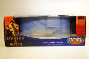"Packaging, 1976 Ford Gran Torino ""Starsky & Hutch"""